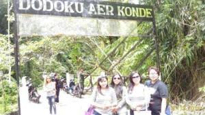 200 meter dari Dodoku Aer Konde terdapat Permadian yang unik